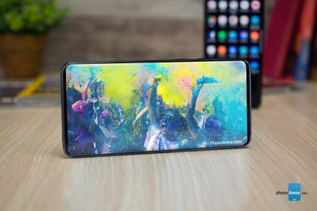 samsung-galaxy-s10-bezel-less-full-screen