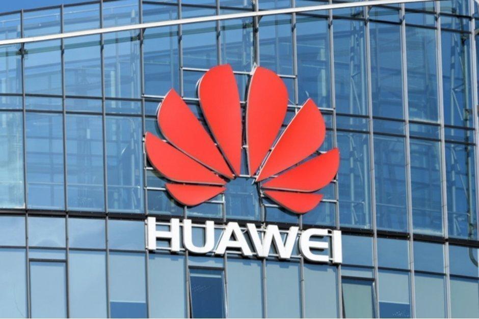 Huawei bannas från att bygga 5G-nät i Europa