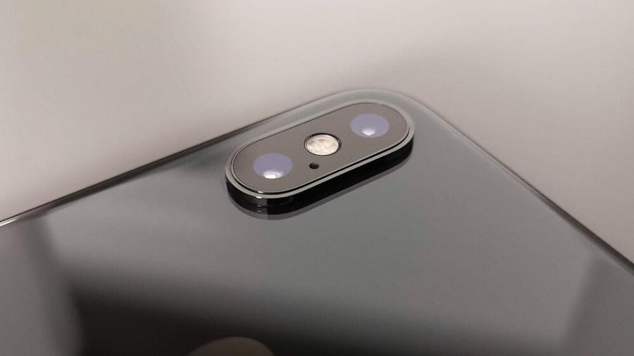Valószínűleg az iPhone XS kamerarendszeréhez hasonló elrendezést kap az XR 2.