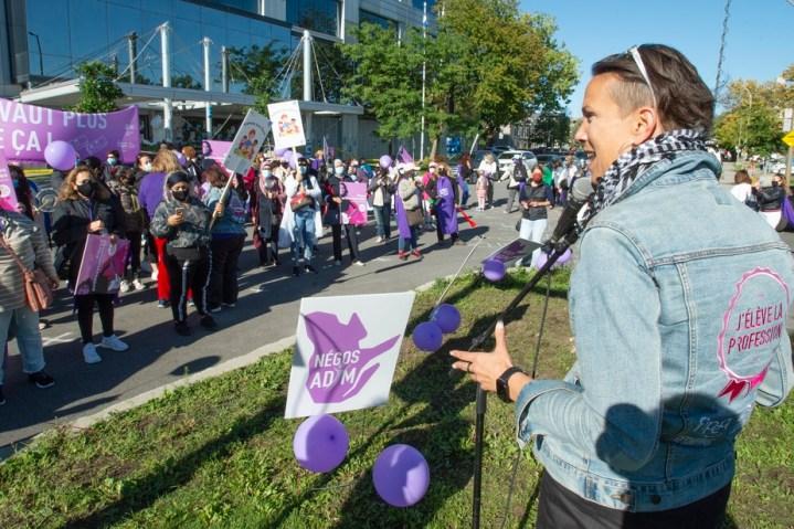 Début de la grève illimitée dans les garderies en milieu familial