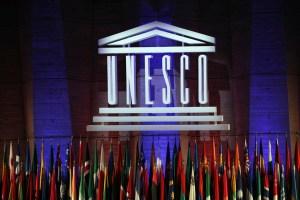 COVID-19   L'UNESCO appelle à une science ouverte des brevets sur les vaccins
