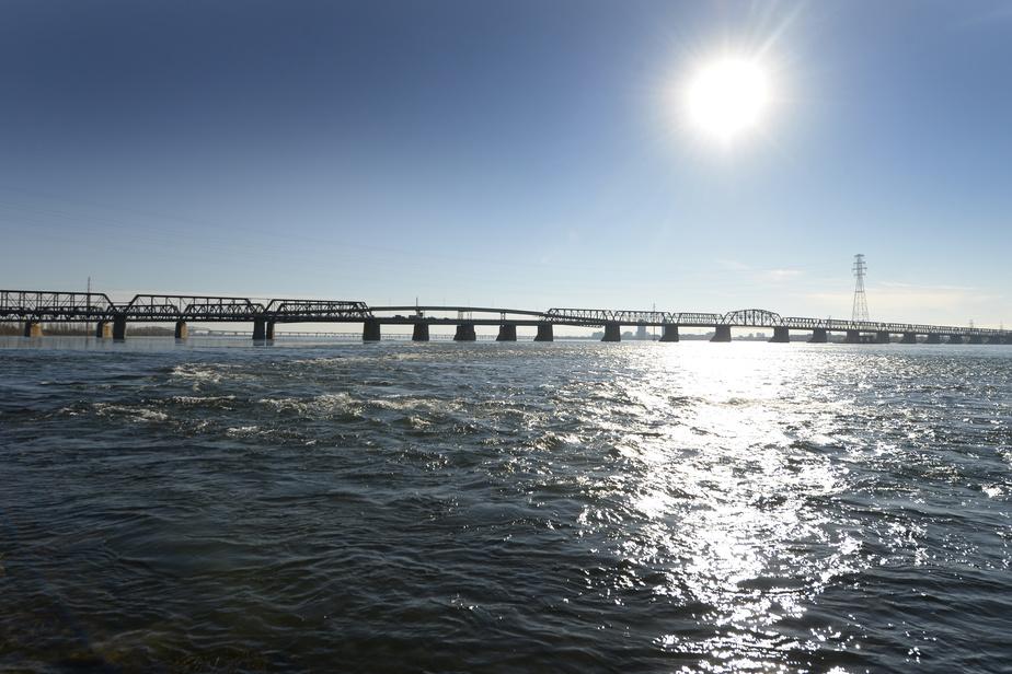 Fermeture de la passerelle cyclable du pont Victoria vers Saint-Lambert