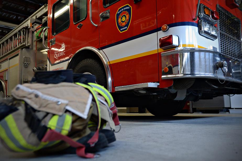 Deux arrestations en lien avec un incendie suspect à Québec