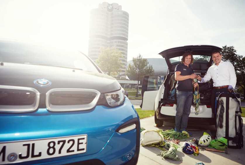 BMW Outdoor-Botschafter startet im BMW i3 zur Expedition