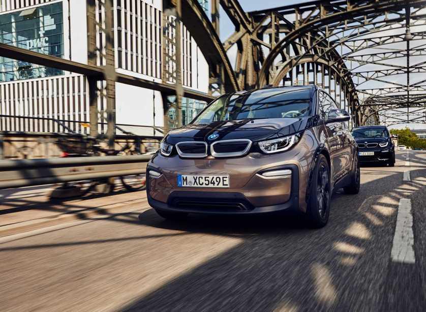 Mit neuen Hochvoltbatterien zu nochmals größerer Reichweite bei BMW