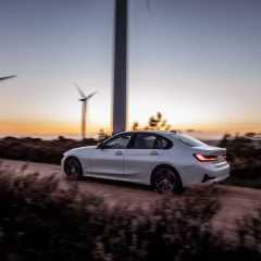 Die neue BMW 330e Limousine
