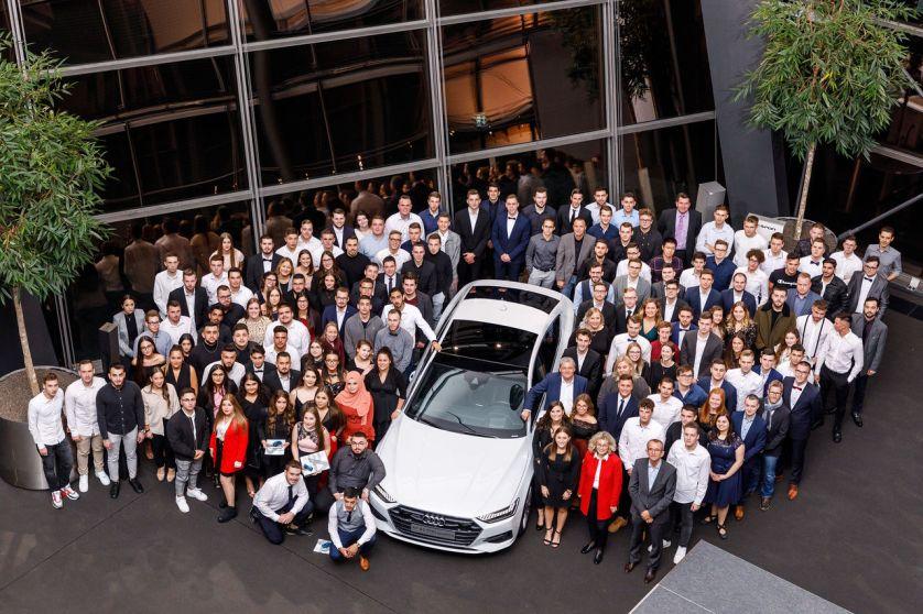 Audi übernimmt 49 Auszubildende und 14 duale Studenten