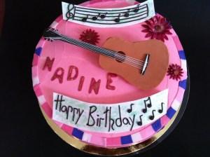 Torte-Gitarre