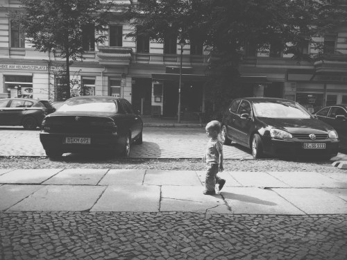 Berlin Walking Kid