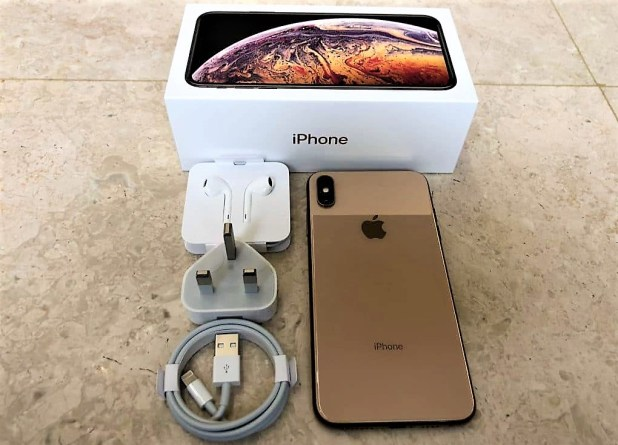 iphone-xs-max-in-box