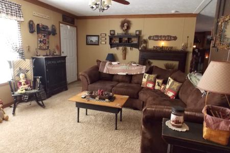 Manufactured Home Decorating Ideas   Primitive Country Style manufactured home decorating   family room