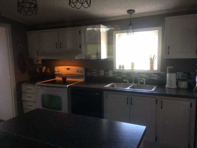 Charissas 600 Manufactured Home Kitchen Update Mobile Home Living