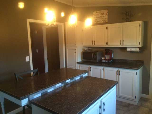 White Laminate Kitchen Countertops