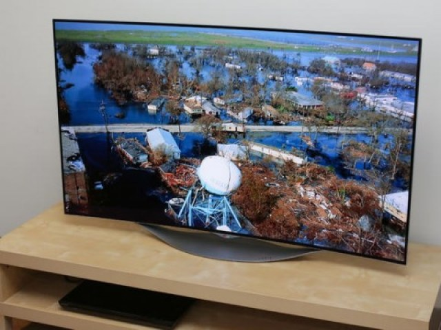 LG-55EC9300-640x360 Top 5 TV Screens of 2015