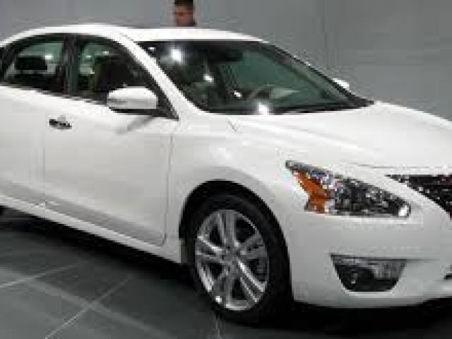 Nissan-Altima Top 5 Mid-Segment Cars of 2015