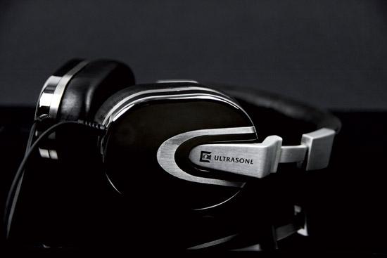 ultrasone-palladium $1700 Edition 8 Palladium headphones, elegant and expensive