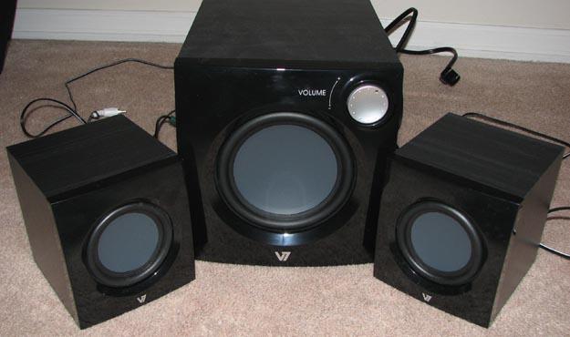 v7speakers-4 REVIEW - V7 A321P 2.1 Multimedia Speaker System