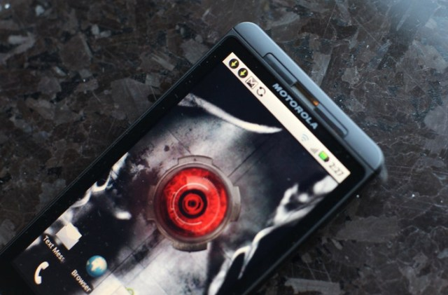 moto-droid-x Motorola Droid X to get updated by Verizon soon