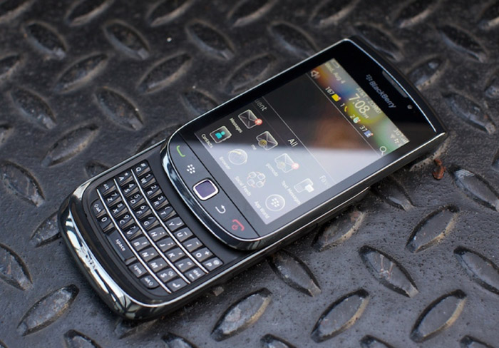 bb-torch-review BlackBerry Torch review finds abysmal display