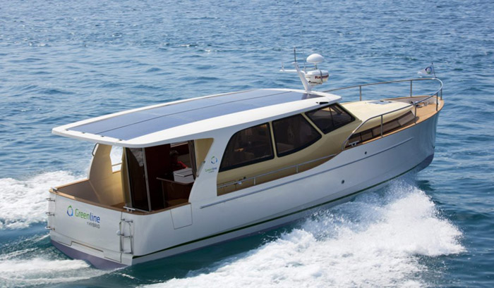greenline-33 Hybrid boat emerges for carbon-free cruising