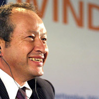 naguib_sawiris-200 Wind Mobile calls big three a joke, will buy Mobilicity and Public Mobile