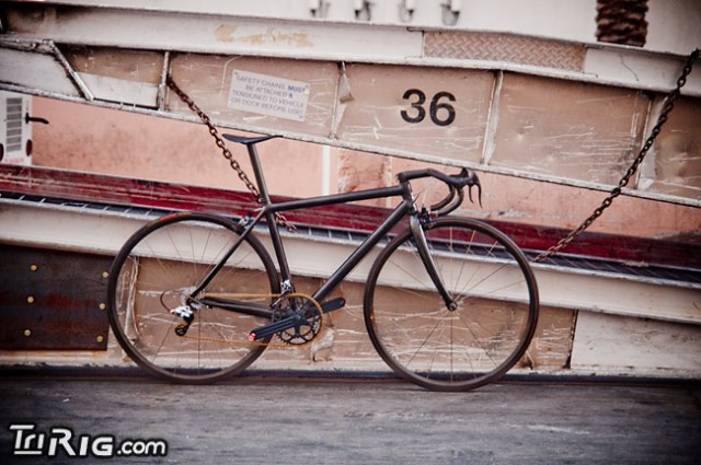 1035_Worlds_Lightest_Bike_10 $45,000 carbon fiber 10-speed bike weighs just 6 pounds