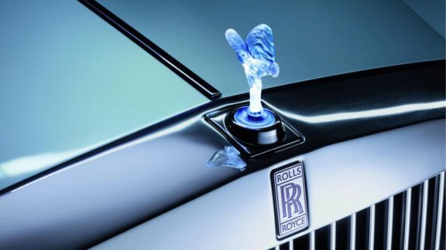 rr-102ex-phantom-3-640x359 Fully-Electric Rolls Royce 102EX Phantom Debuts in Geneva