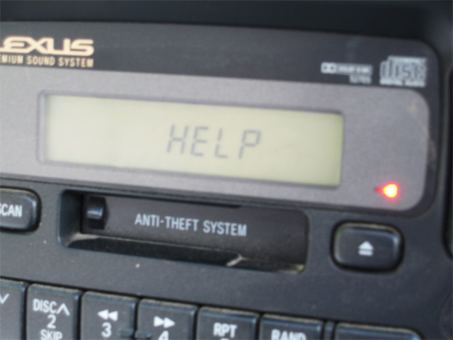 car-malware Mp3 Trojan Successfully Hacks 2009 Car Computer