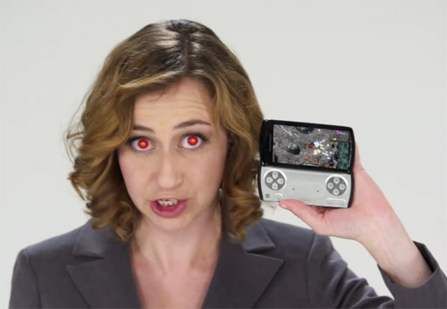 xperia-demonic Kristen Schaal Helps Vodafone UK Pre-sell Xperia Play phones