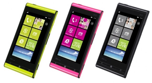 p_angle_07-580x318 Fujitsu-Toshiba IS12T first device to run Windows Phone Mango