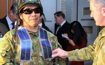 23-Solar-powered-soldier Silver solar panels getting patched onto Australian military personnel