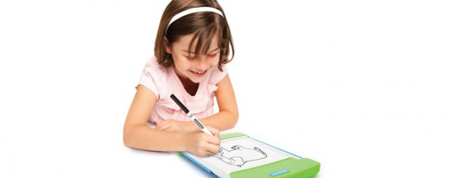 crayola-trace-and-draw-2-640x254 Crayola Trace and Draw Allows Kids To Become Artists