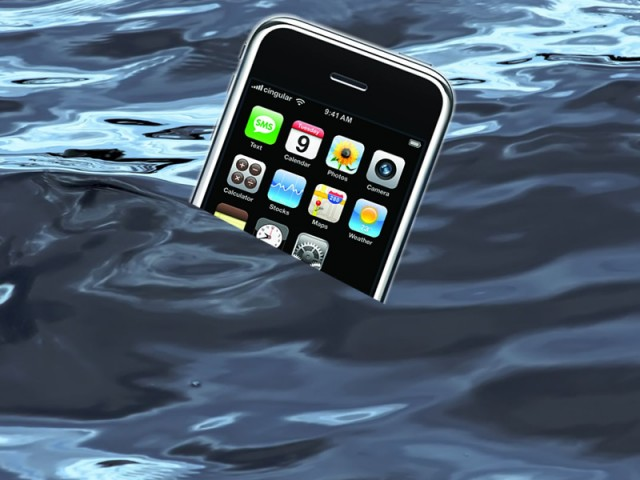 iwater-640x480 Galaxy S4 and iPhone 5 To Be Waterproof?