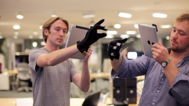 ireal MIT Students Create Minority Report-Style System Uses iPad