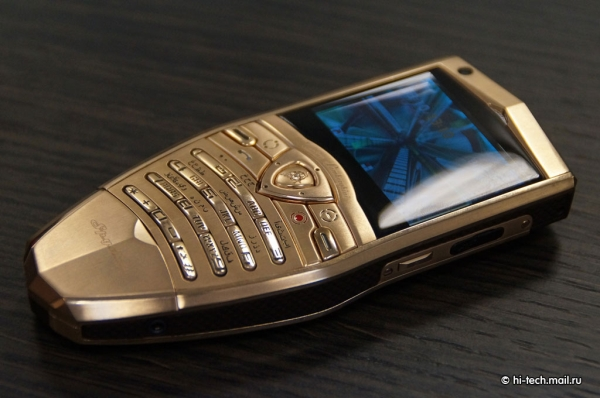 lphone1 Lamborghini Luxury Phones And A Tablet On Their Way To Russian Market