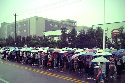 15-Foxconn America Waits In Line For iPads, China Waits Hoping To Build Them