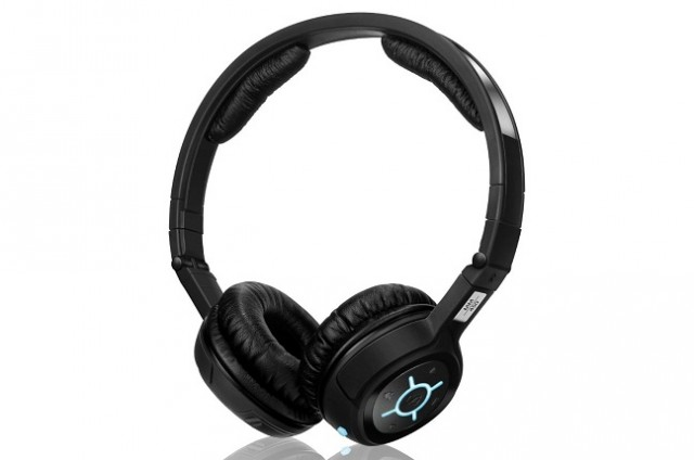 120827-sennheiser1-640x424 Today Only: Sennheiser MM 450 Flight Bluetooth Multimedia Headset for Half Price
