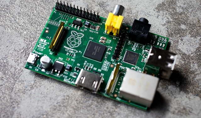ras-pi How To: Installing XBMC using OpenELEC on the Raspberry Pi