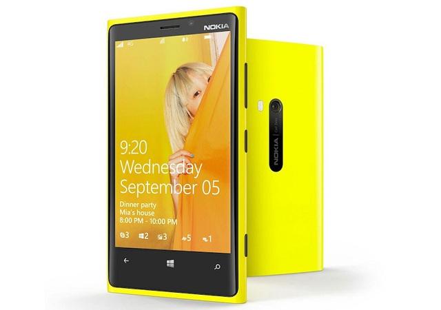 nokia-lumia-9202 Stephen Elop: We Are Working to Resolve Nokia Lumia 920 Stock Issues
