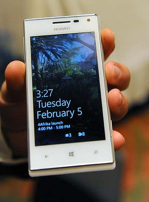 art-353-4Afrika2-300x0 Microsoft and Huawei Take On the African Smartphone Market