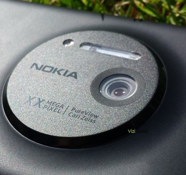 Nokia-EOS-1 Nokia 20 Megapixel PureView Windows Phone Coming Soon?