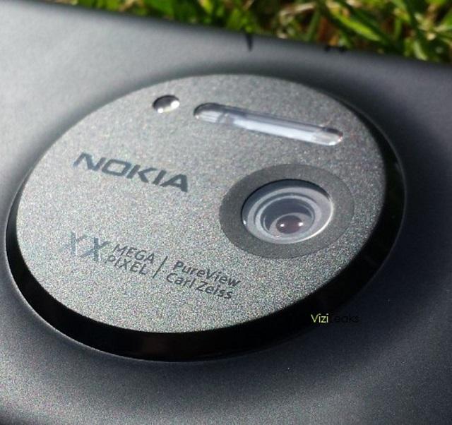 Nokia-EOS-1 Nokia 20 Megapixel PureView Windows Phone Coming Soon?