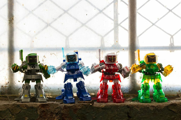 130903-bot Battroborgs Bring Rock 'Em Sock 'Em Robots into 21st Century