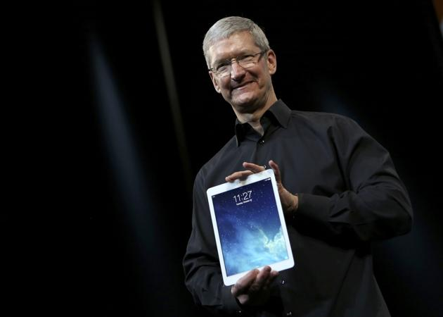 131022-cook Tim Cook: iPad Boasts 81% Market Share of Tablet Usage