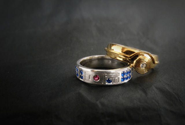 r2-d2-c-3po-star-wars-rings R2-D2 And C-3PO Wedding Rings