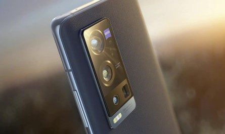 Смартфоны с камерами Leica, Zeiss и Hasselblad