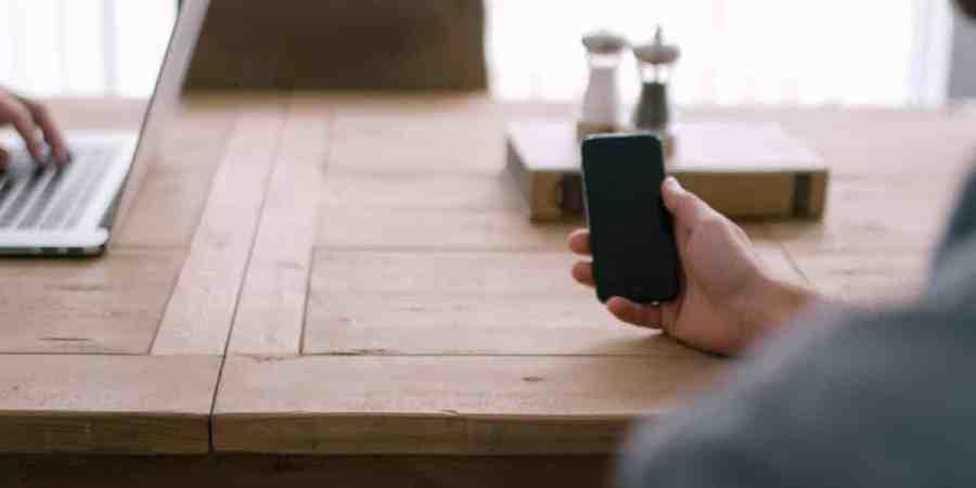 Aplikacja mobilna bez umiejętności programowania? Właśnie ruszył projekt PoqAd