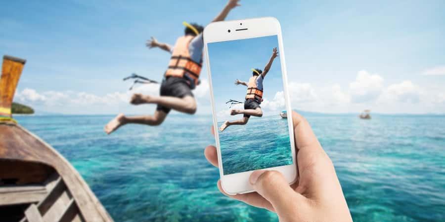 Czy warto kupić telefon komórkowy z dobrym aparatem?