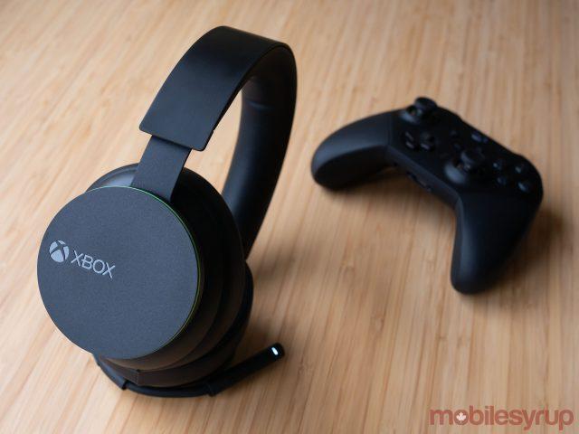 Xbox Wireless Headset beside Xbox Series 2 gamepad