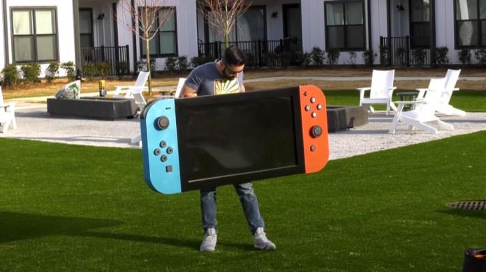 Nintendo Switch: World's new biggest Switch